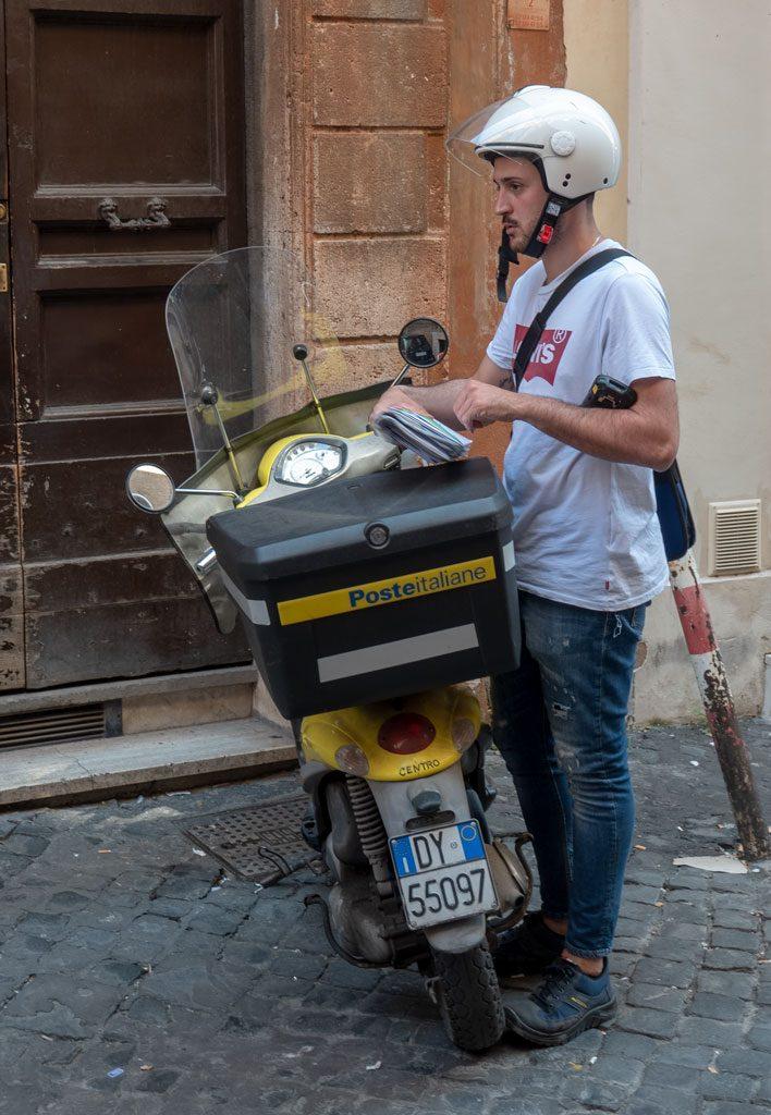 Palazzo Corsini: Rome Postal Carrier