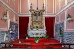 191010-15-Nazare-14-church