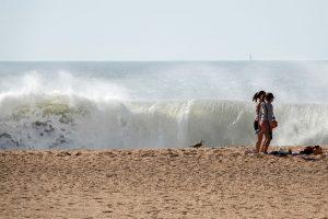 191010-18-Nazare-17-Beach