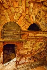 191012-14-13-Nazare-restaurant-with-old-kiln