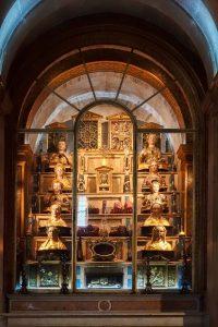 191021-39-Lisbon-Church-of-Sao-Roque-Reliquary