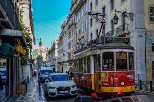 191022-01-Lisbon-trolley