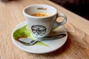 191022-21-Lisbon-cafe