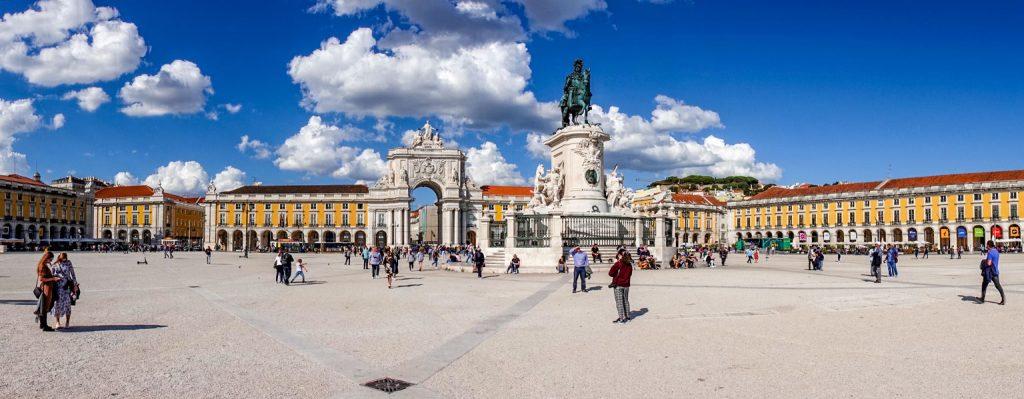 191022-28-Lisbon-Main-square