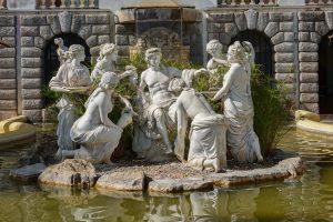 191011-06-Nazare-05-Buddha-Eden-Winery-garden