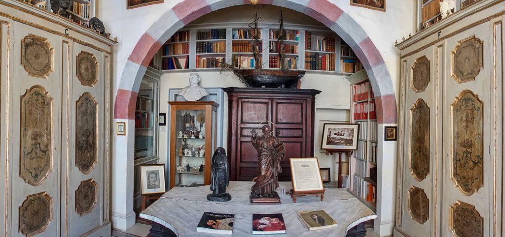 Casa Roca Piccola - Library